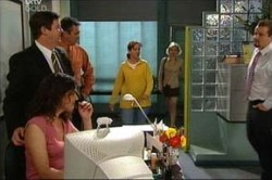 Liljana Bishop, David Bishop, Karl Kennedy, Susan Kennedy, Sindi Watts, Toadie Rebecchi in Neighbours Episode 4429