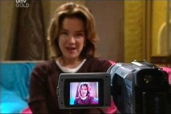 Lyn Scully in Neighbours Episode 4430