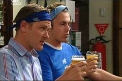 Max Hoyland, Stuart Parker in Neighbours Episode 4430