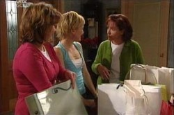 Lyn Scully, Susan Kennedy, Sindi Watts in Neighbours Episode 4432