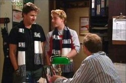 Gus Cleary, Boyd Hoyland, Max Hoyland in Neighbours Episode 4432