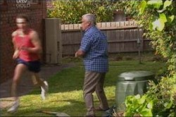 Stuart Parker, Lou Carpenter in Neighbours Episode 4436
