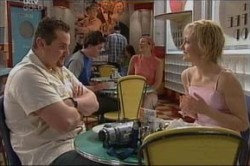 Toadie Rebecchi, Sindi Watts in Neighbours Episode 4436
