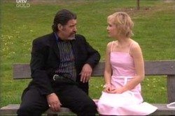 Rocco Cammeniti, Sindi Watts in Neighbours Episode 4436