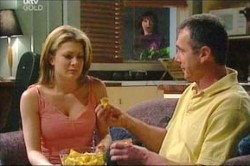 Izzy Hoyland, Karl Kennedy in Neighbours Episode 4437