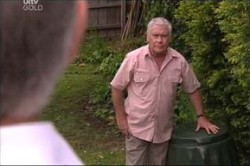 Lou Carpenter in Neighbours Episode 4439