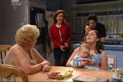 Valda Sheergold, Lyn Scully, Michelle Scully, Jack Scully, Oscar Scully in Neighbours Episode 4439