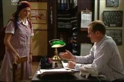 Sky Mangel, Max Hoyland in Neighbours Episode 4441