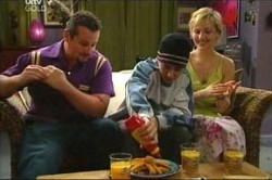 Toadie Rebecchi, Stingray Timmins, Sindi Watts in Neighbours Episode 4443
