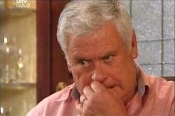 Lou Carpenter in Neighbours Episode 4448