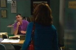 Karl Kennedy, Lyn Scully in Neighbours Episode 4449
