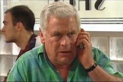 Lou Carpenter in Neighbours Episode 4449