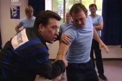 Allan Steiger, Stuart Parker in Neighbours Episode 4450