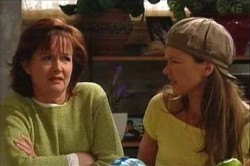Susan Kennedy, Steph Scully in Neighbours Episode 4452