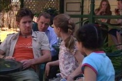 Gus Cleary, Max Hoyland, Summer Hoyland, Lisa Jeffries in Neighbours Episode 4452