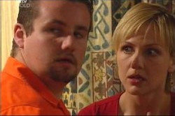 Toadie Rebecchi, Sindi Watts in Neighbours Episode 4454