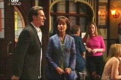 Brent Styles, Susan Kennedy in Neighbours Episode 4455