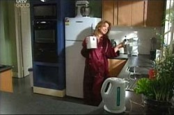 Lyn Scully in Neighbours Episode 4456