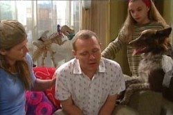 Summer Hoyland, Steph Scully, Max Hoyland, Harvey in Neighbours Episode 4458