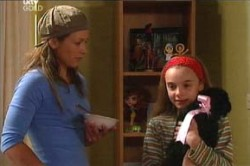 Steph Scully, Summer Hoyland in Neighbours Episode 4458