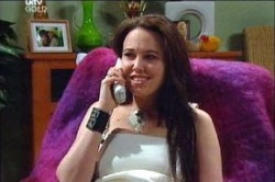 Libby Kennedy in Neighbours Episode 4459