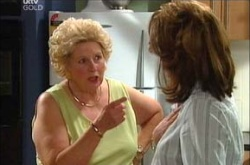 Lyn Scully, Valda Sheergold in Neighbours Episode 4462