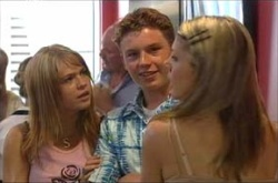Sky Mangel, Boyd Hoyland, Izzy Hoyland in Neighbours Episode 4464