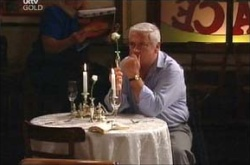 Lou Carpenter in Neighbours Episode 4464
