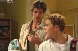 Gus Cleary, Boyd Hoyland in Neighbours Episode 4465