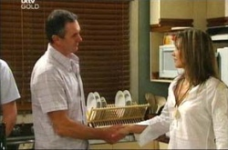 Karl Kennedy, Steph Scully in Neighbours Episode 4498