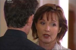 Tom Scully, Susan Kennedy in Neighbours Episode 4498
