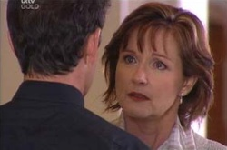 Tom Scully, Susan Kennedy in Neighbours Episode 4499