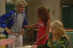 Stingray Timmins, Serena Bishop, Sky Mangel in Neighbours Episode 4499