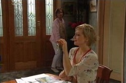 Susan Kennedy, Sindi Watts in Neighbours Episode 4504