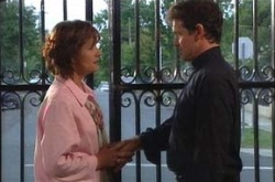 Susan Kennedy, Tom Scully in Neighbours Episode 4504