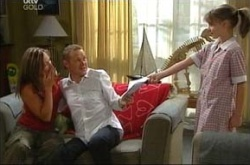 Steph Scully, Max Hoyland, Dino, Summer Hoyland in Neighbours Episode 4507