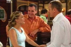 Max Hoyland, Izzy Hoyland, Karl Kennedy in Neighbours Episode 4508