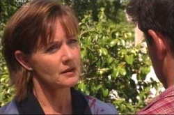 Susan Kennedy, Tom Scully in Neighbours Episode 4511