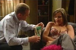 Max Hoyland, Steph Scully in Neighbours Episode 4511
