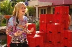 Sky Mangel in Neighbours Episode 4513