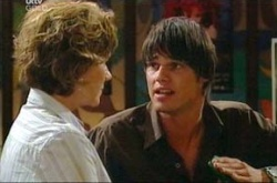 Lyn Scully, Jack Scully in Neighbours Episode 4514