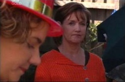 Lyn Scully, Susan Kennedy in Neighbours Episode 4515