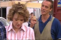 Lyn Scully, Jim Baynes in Neighbours Episode 4517