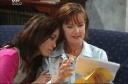 Susan Kennedy, Libby Kennedy in Neighbours Episode 4517