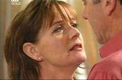Susan Kennedy, Karl Kennedy in Neighbours Episode 4517