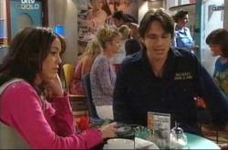Libby Kennedy, Darren Stark in Neighbours Episode 4517