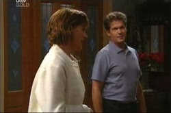 Susan Kennedy, Tom Scully in Neighbours Episode 4520