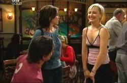 Darren Stark, Libby Kennedy, Sindi Watts in Neighbours Episode 4521