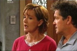 Susan Kennedy, Tom Scully in Neighbours Episode 4521