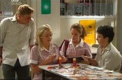 Boyd Hoyland, Sky Mangel, Serena Bishop, Stingray Timmins in Neighbours Episode 4522